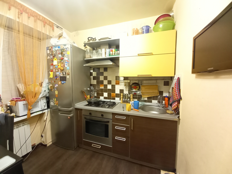 Продажа 1-комнатной квартиры, Волгоград, улица Рабоче-Крестьянская,  дом 7