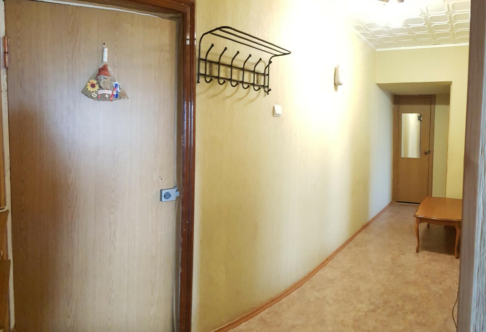 Продажа 2-комнатной квартиры, Волгоград, улица им. Якуба Коласа,  дом 24