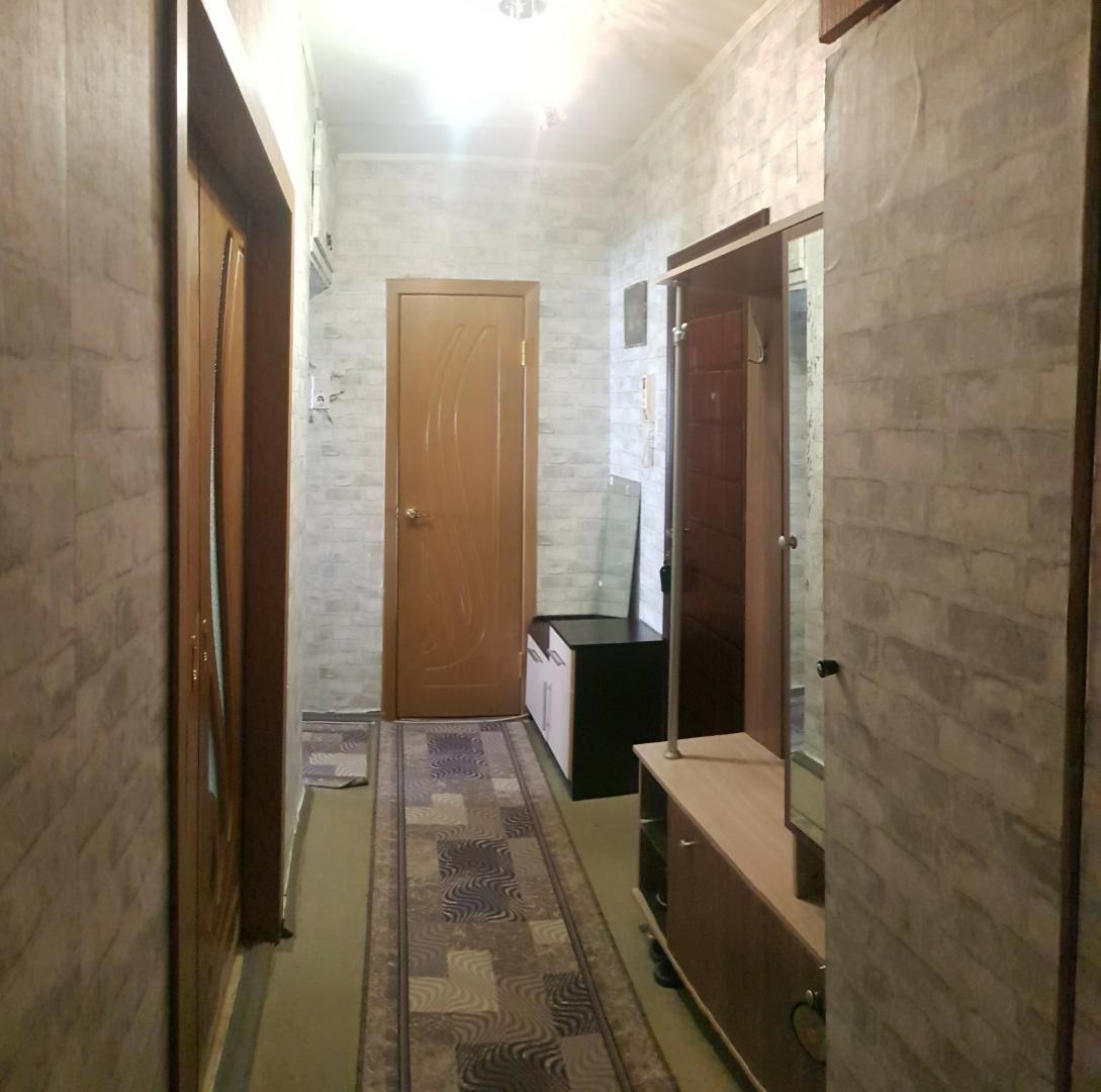 Продажа 2-комнатной квартиры, Волгоград, улица Луговая,  дом 142